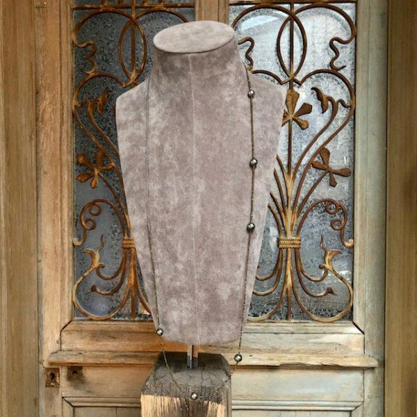 Langes Gellner Big Bang Collier aus geschwärztem Silber mit 6 peacock farbenen Tahitiperlen, 1-reihig, endlos, doppelt zu wickeln
