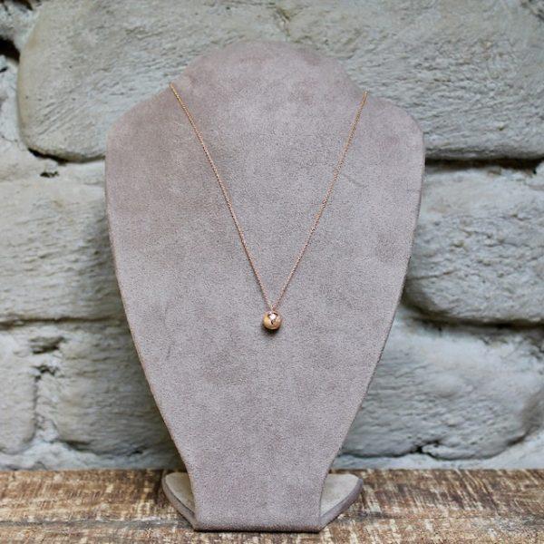 Schmuckwerk kleine Weltkugel aus Rosegold an kurzer Kette OH480RG Juwelier Haarhaus
