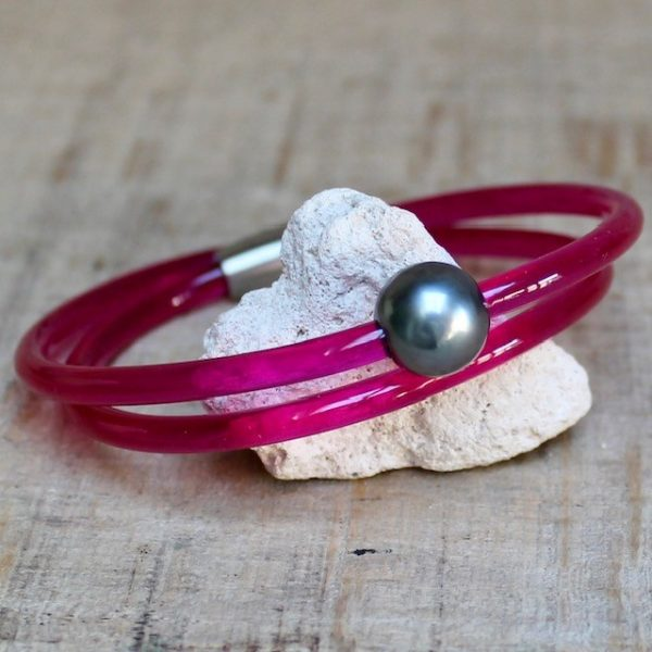 Monika Seitter: Collier Apollo Kunststoff-Armband 2-fach gewickelt, pink mit Tahiti-Perle und Magnetverschluss