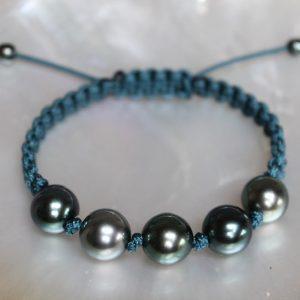 Gellner-Marutea-Zuchtperlen-Armband-farbintensiv-rund-5-23029-14-petrol Makramee Einzelstück