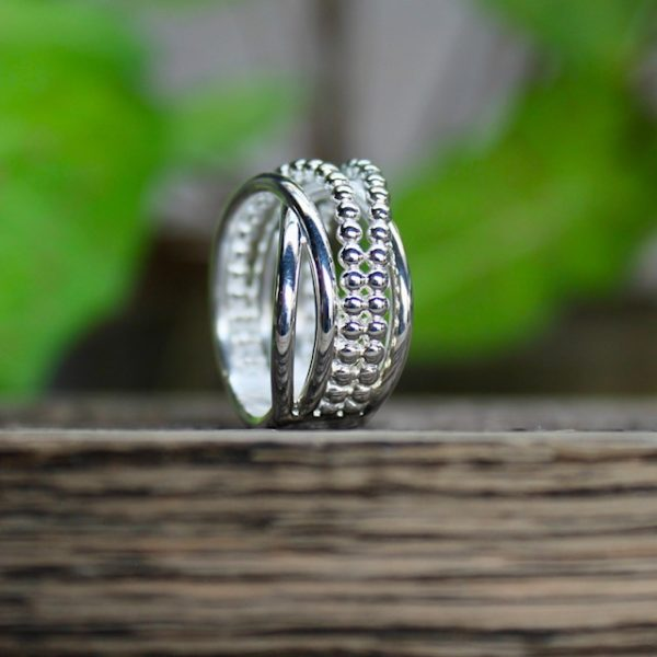 Quinn-Wickelring-Kugelring-Silber-0221676-stehend
