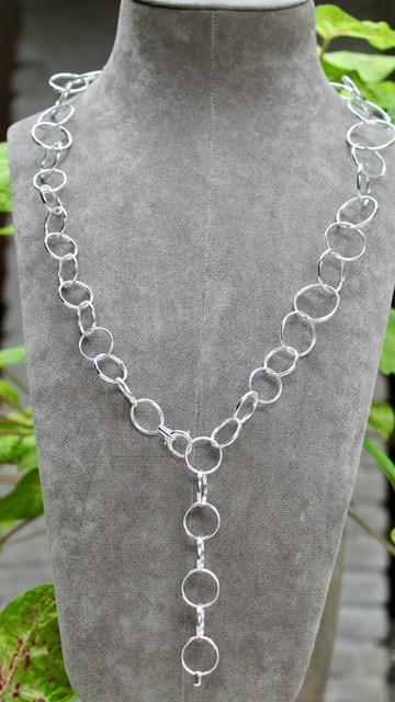 Quinn-lange-Kette-aus-Ringen-Silber-0277009-lang auch doppelt oder als y-Collier zu tragen