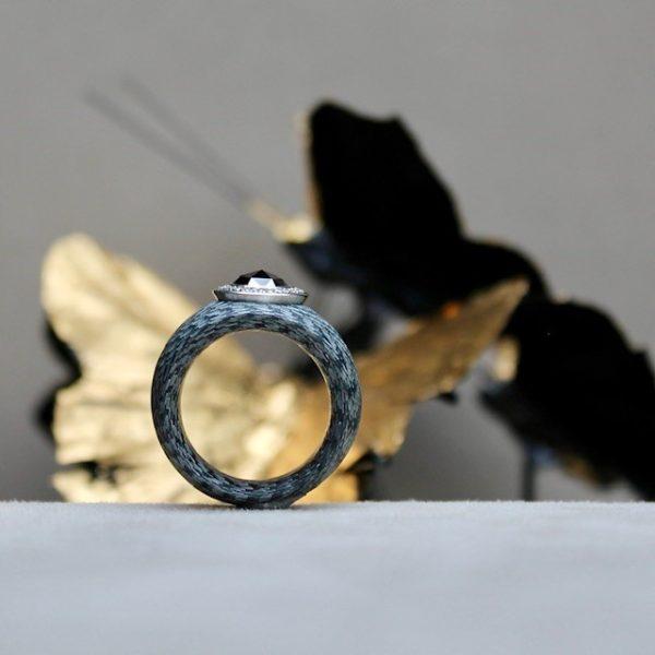 Schwab-Alutex-Ring-Brillantkranz-Schwarzer-Diamant-Rosenschliff-1,5ct-Brillantkranz aus weissen Brillanten