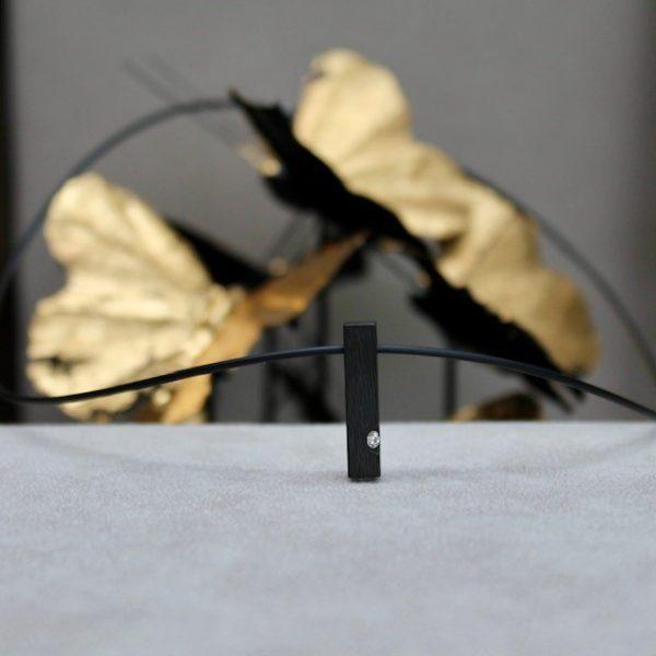 Schwab-Carbon-Anhaenger-eckig-Brillant-in-Platin-Herrenschmuck-Kette-HC600302