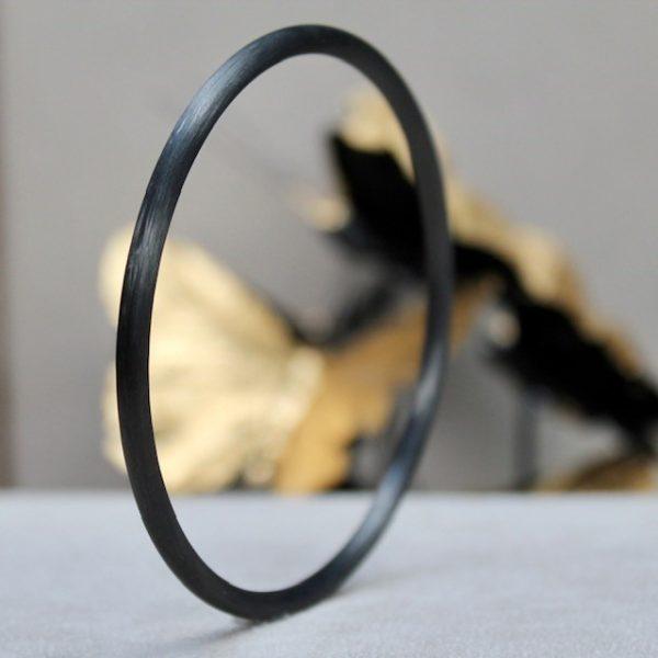 Schwab-Carbon-Armreif-ohne-Brillanten-schlicht und einfach 3,5mm Durchmesser Innendurchmesser 65mm